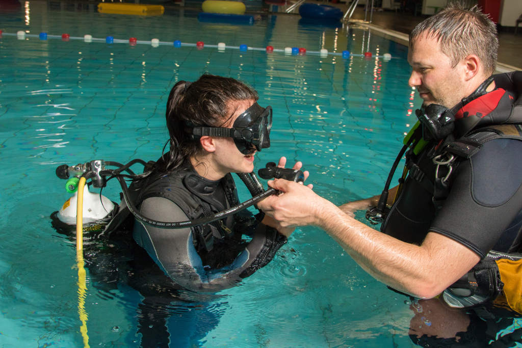 Can Scuba Diving Be Done By Non-Swimmers? - Gear by Poseidon