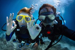 Can Scuba Diving Be Done with Glasses?