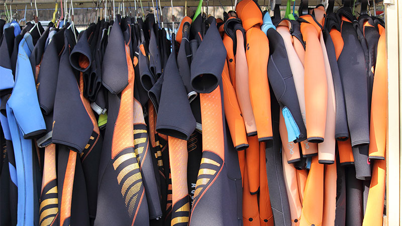 What Are Scuba Diving Wetsuits?