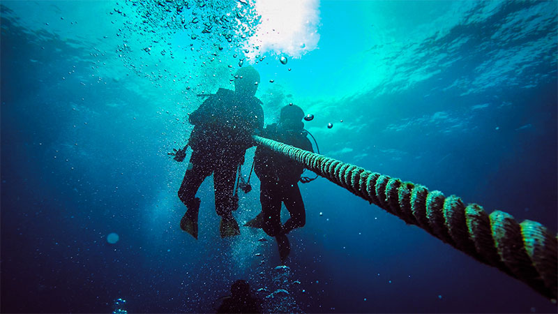 How Deep And Safe Can A Scuba Diver Dive